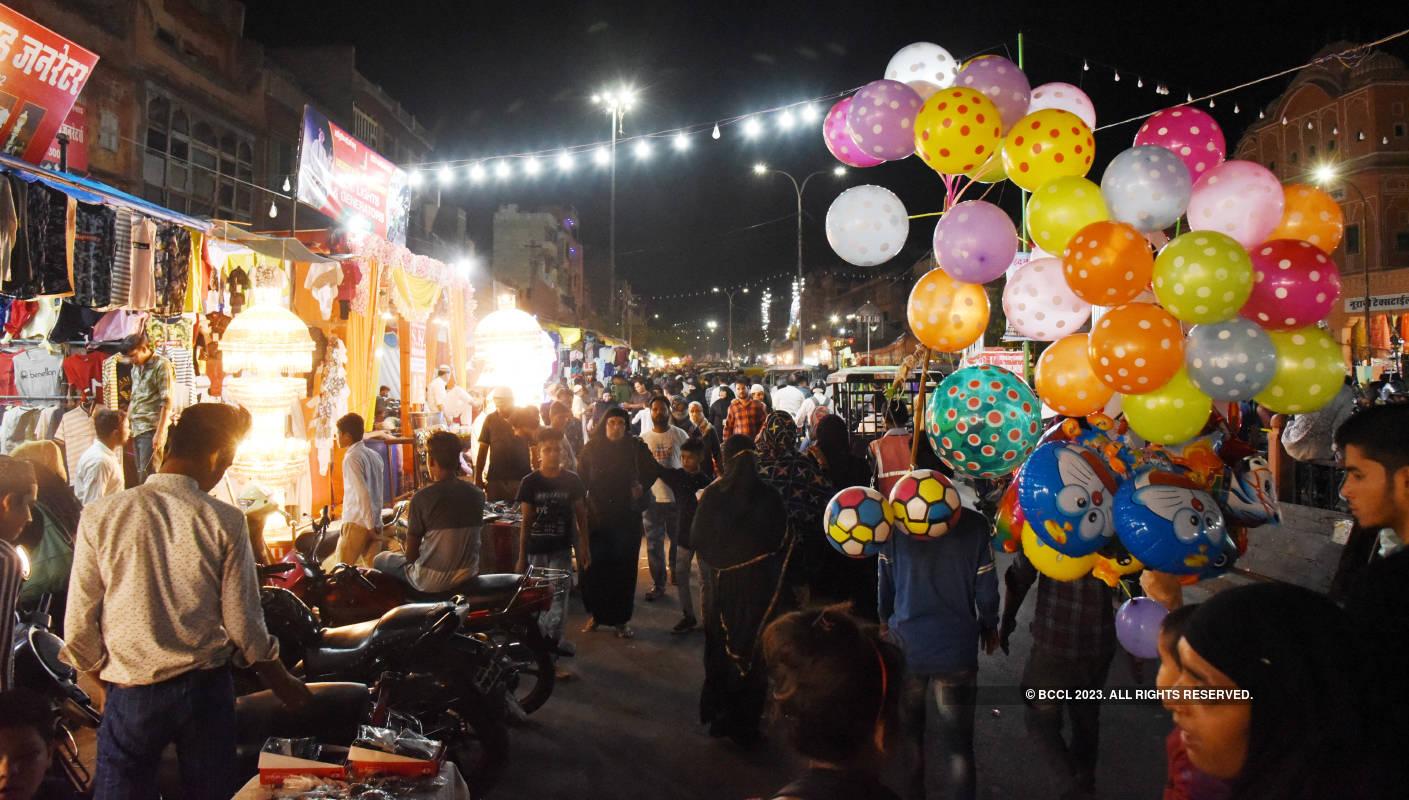 A walk through Jaipur's Ramganj Bazaar for iftaar treats