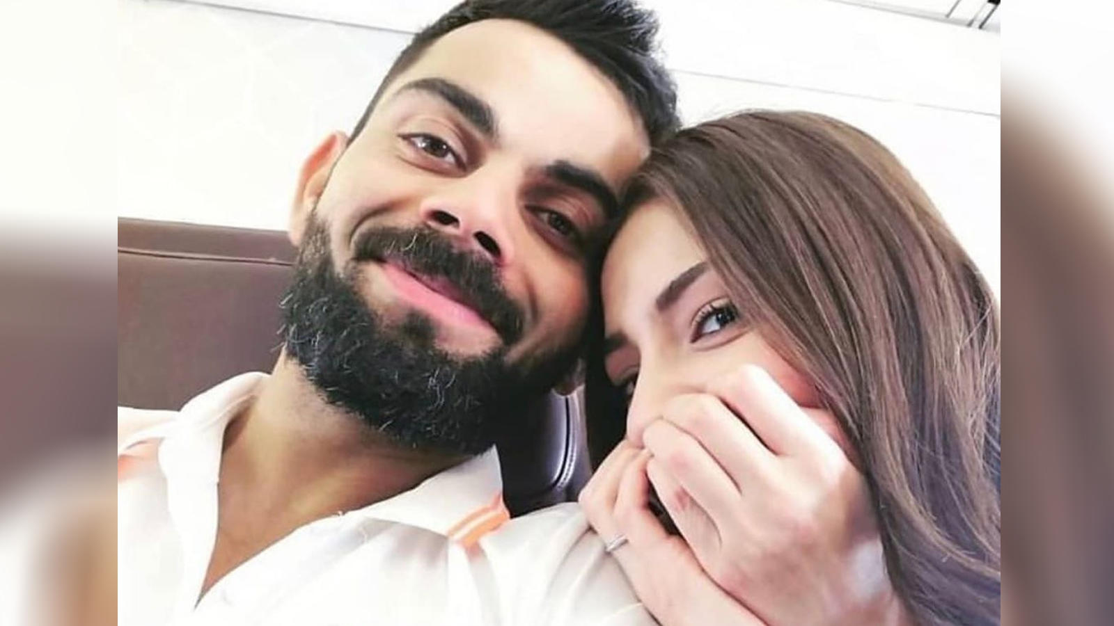 Virat Kohli and Anushka Sharma ace the perfect selfie in this picture!