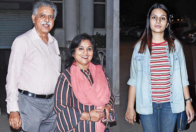 (L) Arun Tiwari and Chitra Mohan (R) Shubhra Pandey (BCCL/ Vishnu Jaiswal)