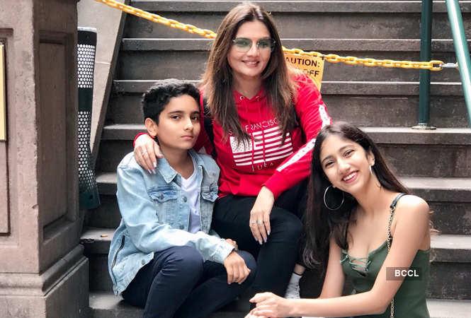 Deepshikha Nagpal with her children Vivaan and Vedika