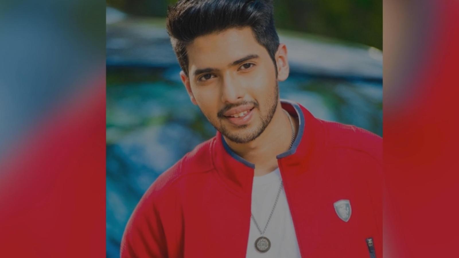 Singer Armaan Malik records a song with AR Rahman