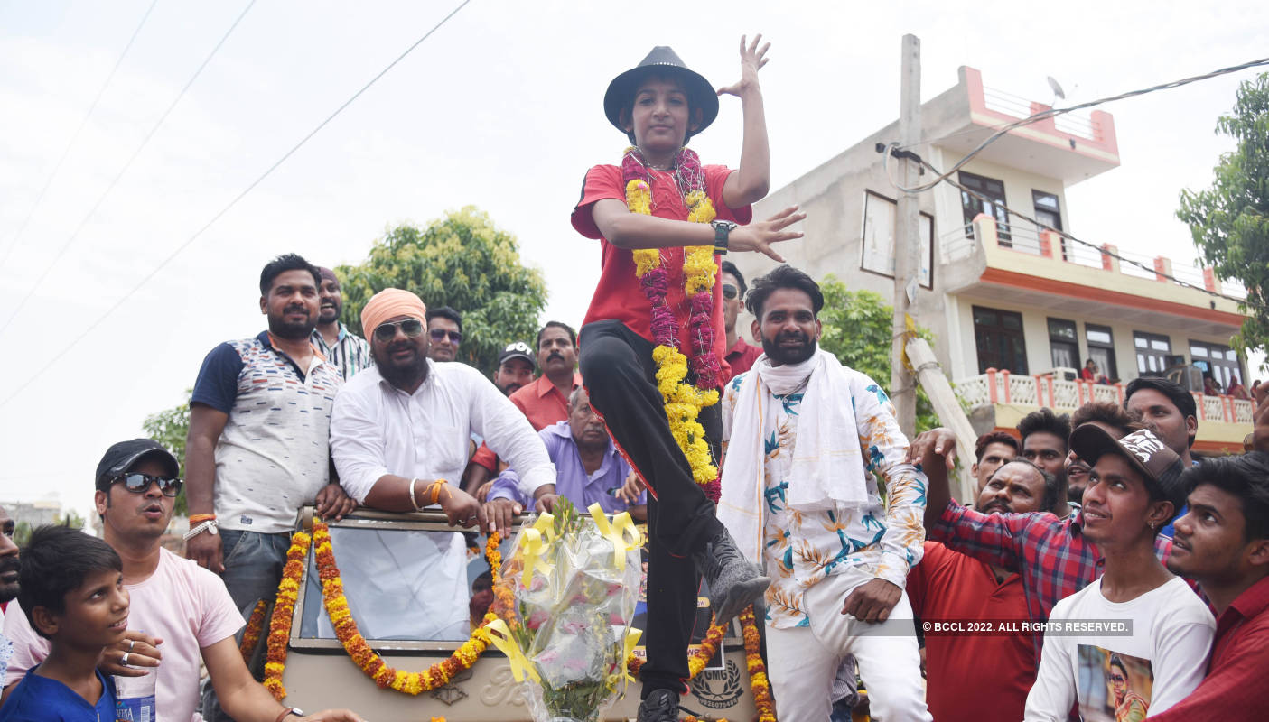 'Super Dancer 3' contestant Gourav Sarwan receives a warm welcome in Jaipur