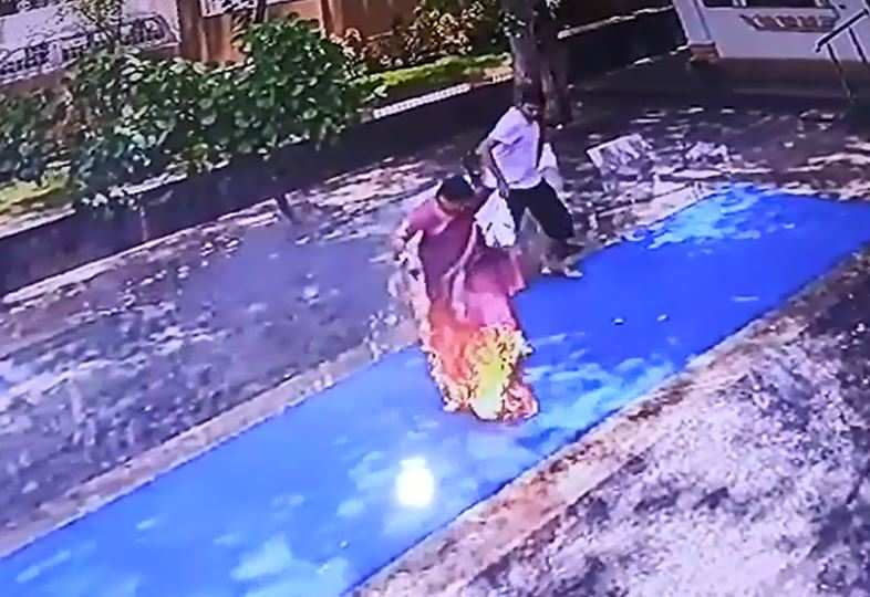 Woman suffers serious burn injuries after sari catches fire