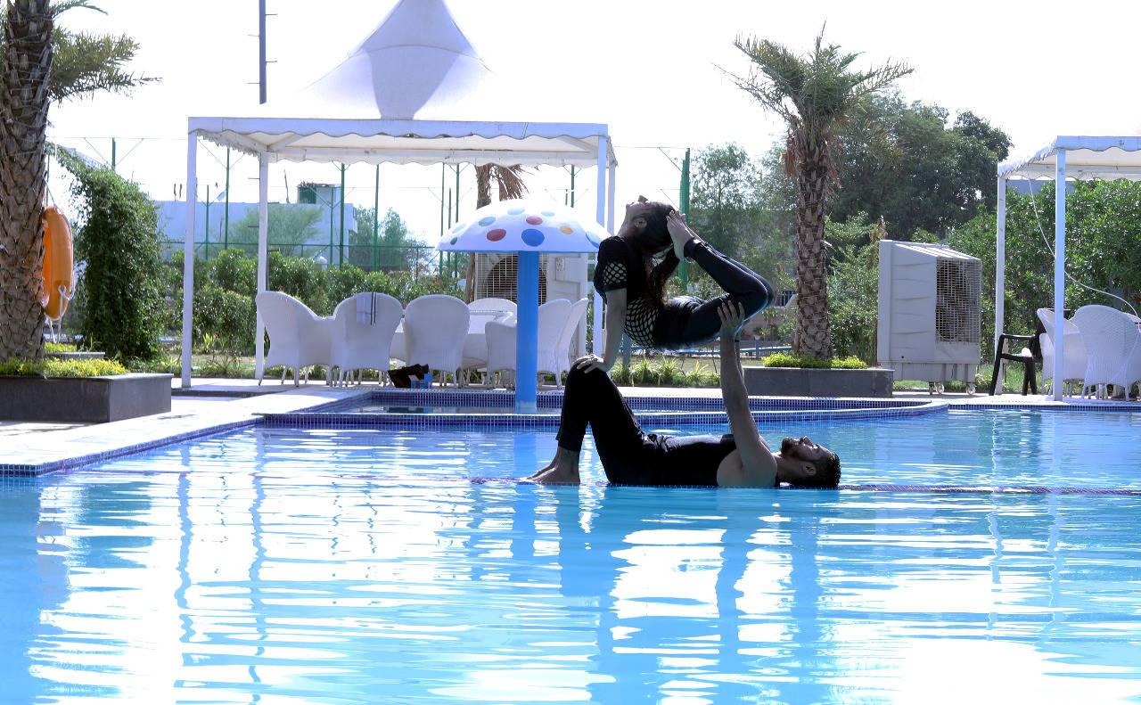 acro and aqua yoga fusion