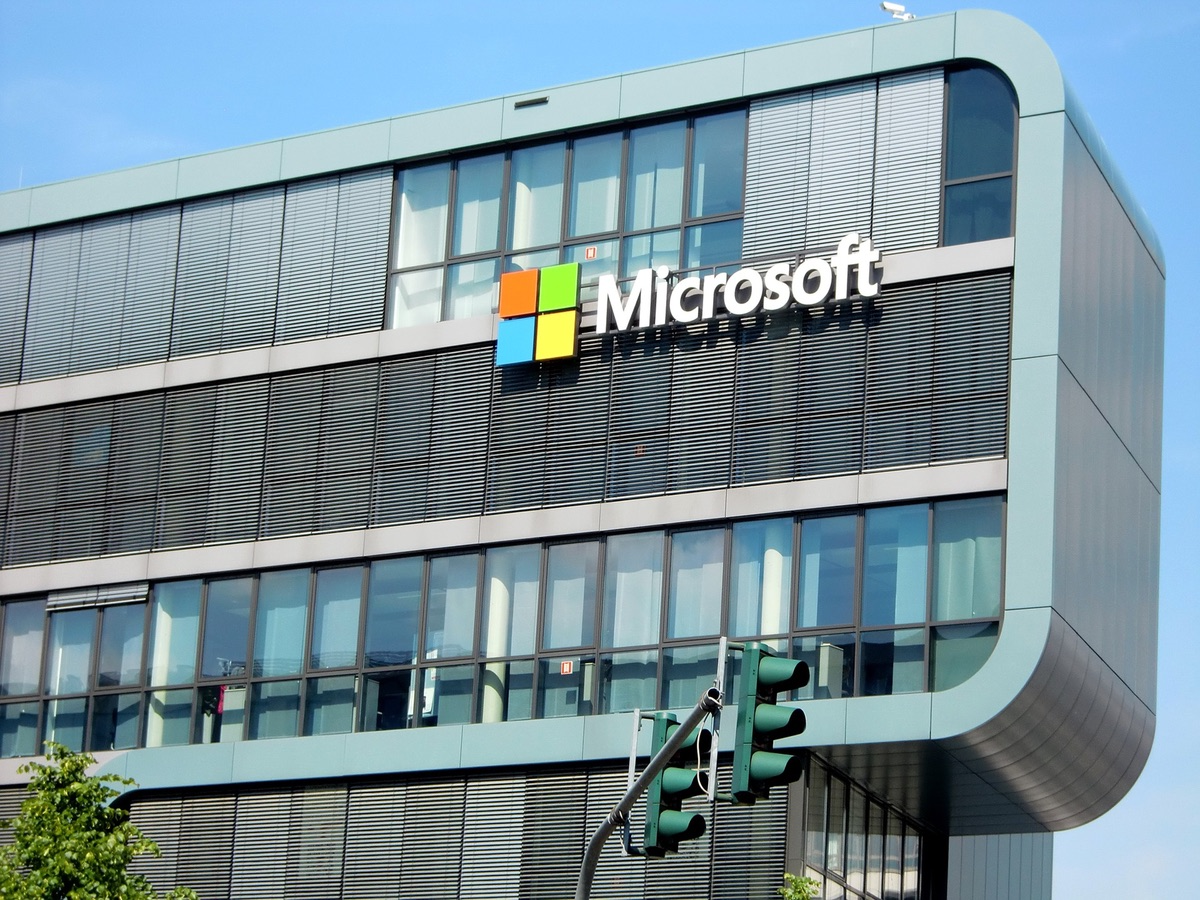 Microsoft has 'banned' its employees from using these products