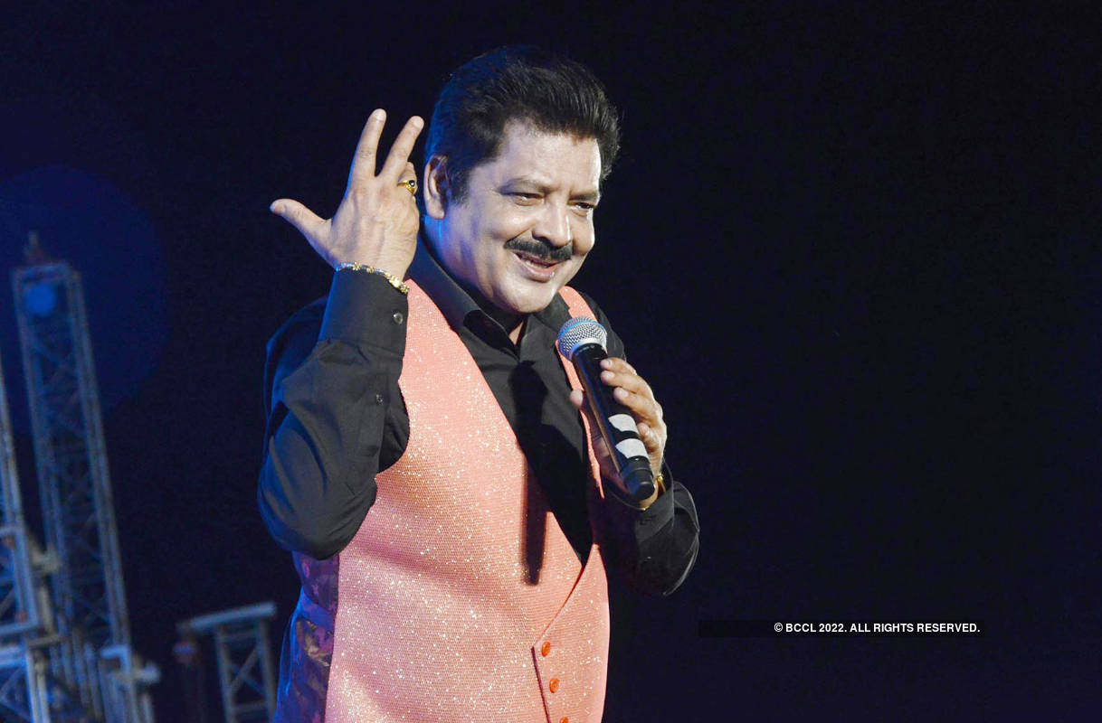 A rocking Bollywood night in Prayagraj