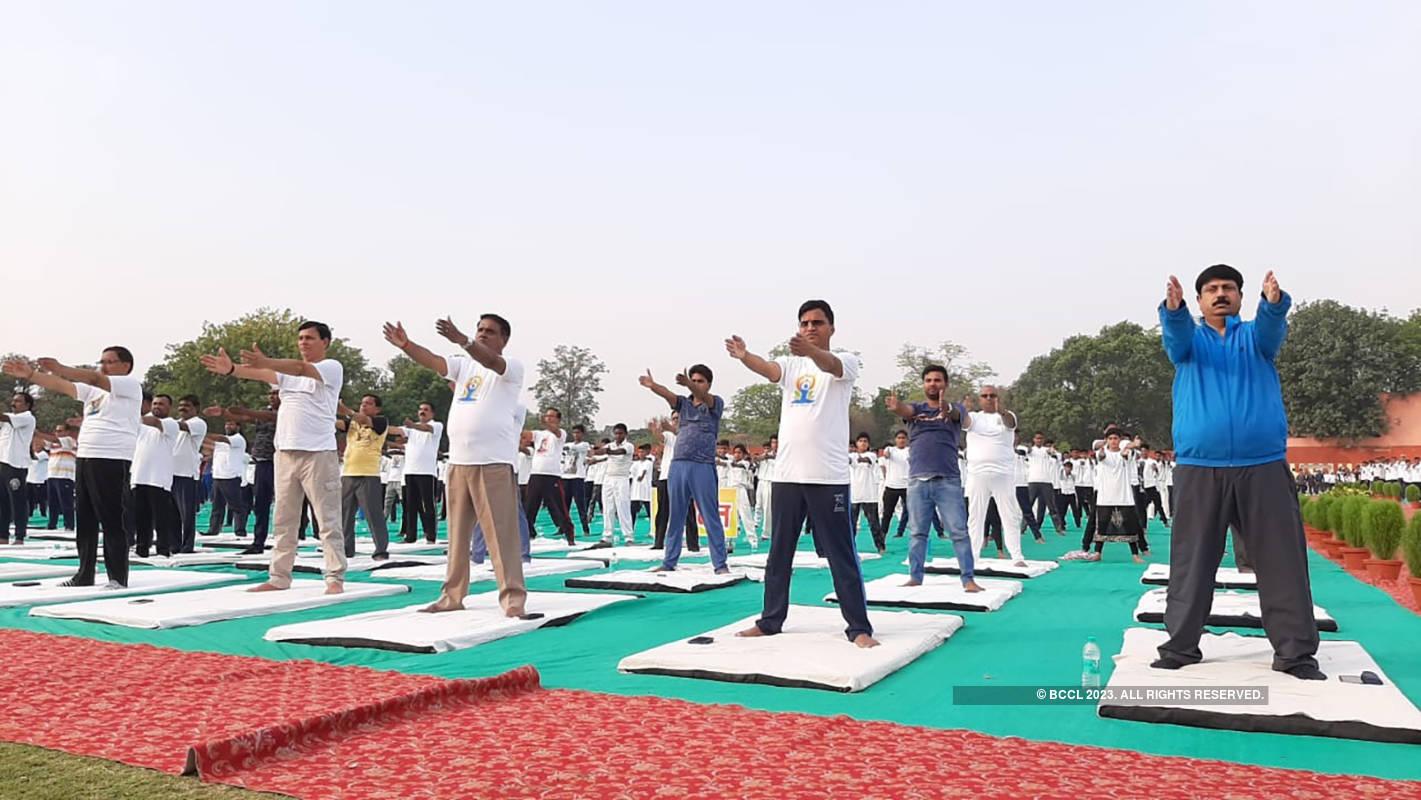 Deputy CM Keshav Prasad Maurya leads Yoga Day celebrations in Prayagraj