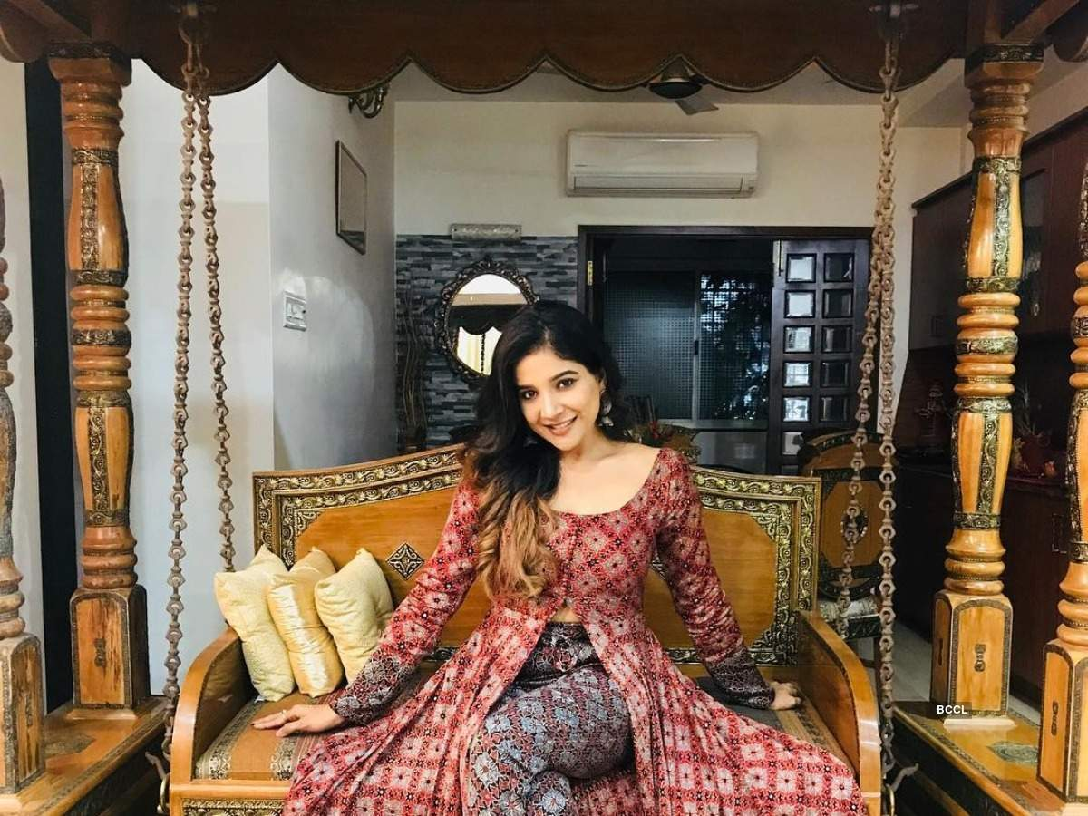 Bigg Boss Tamil 3: Unknown facts about Sakshi Agarwal | The Times of