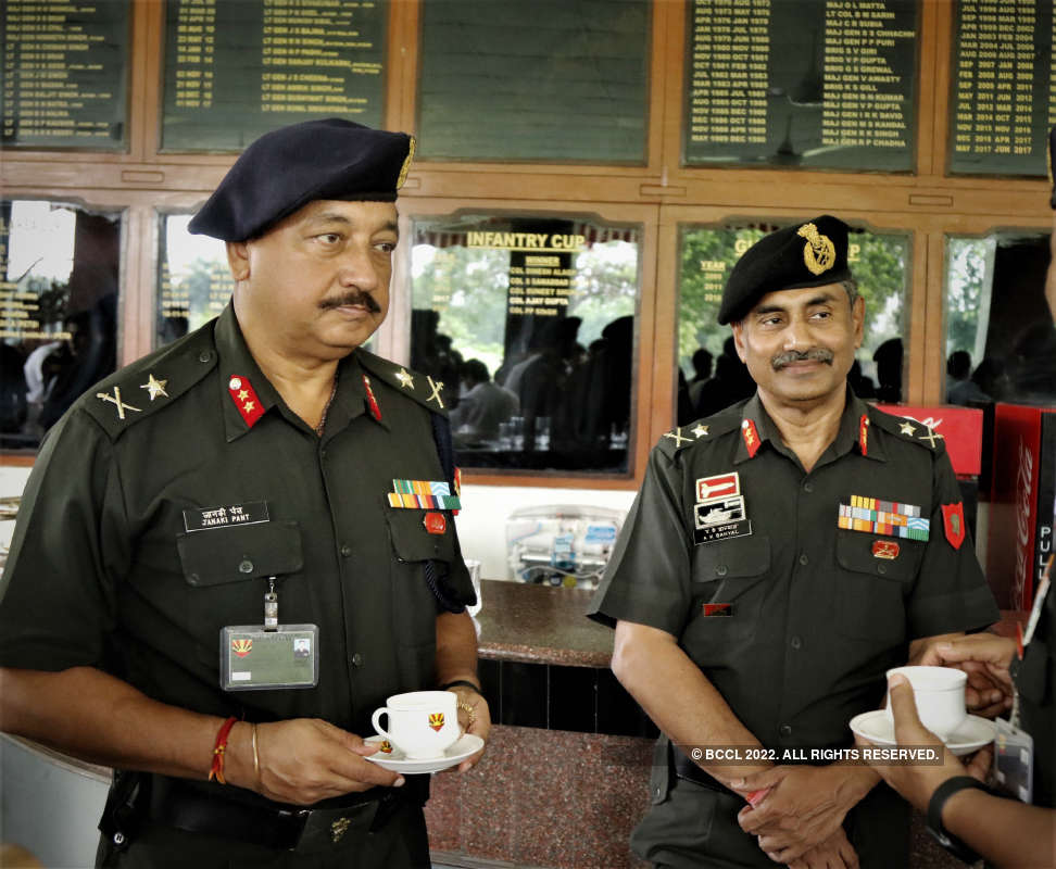 Army officers inaugurate an Air Quality Monitoring Station