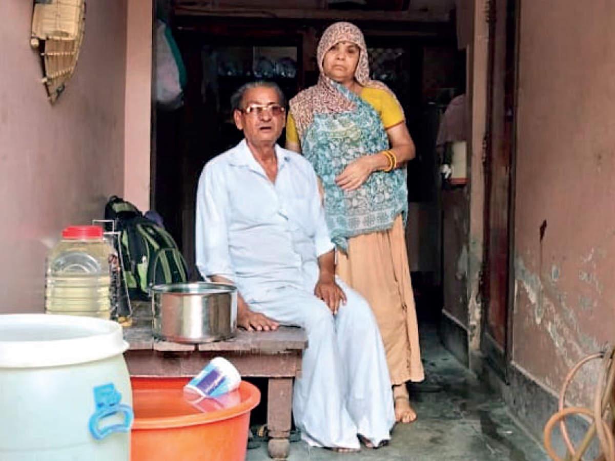 GST raid: 'Millionaire' kachori wala lives in a dilapidated 225 sq ft house