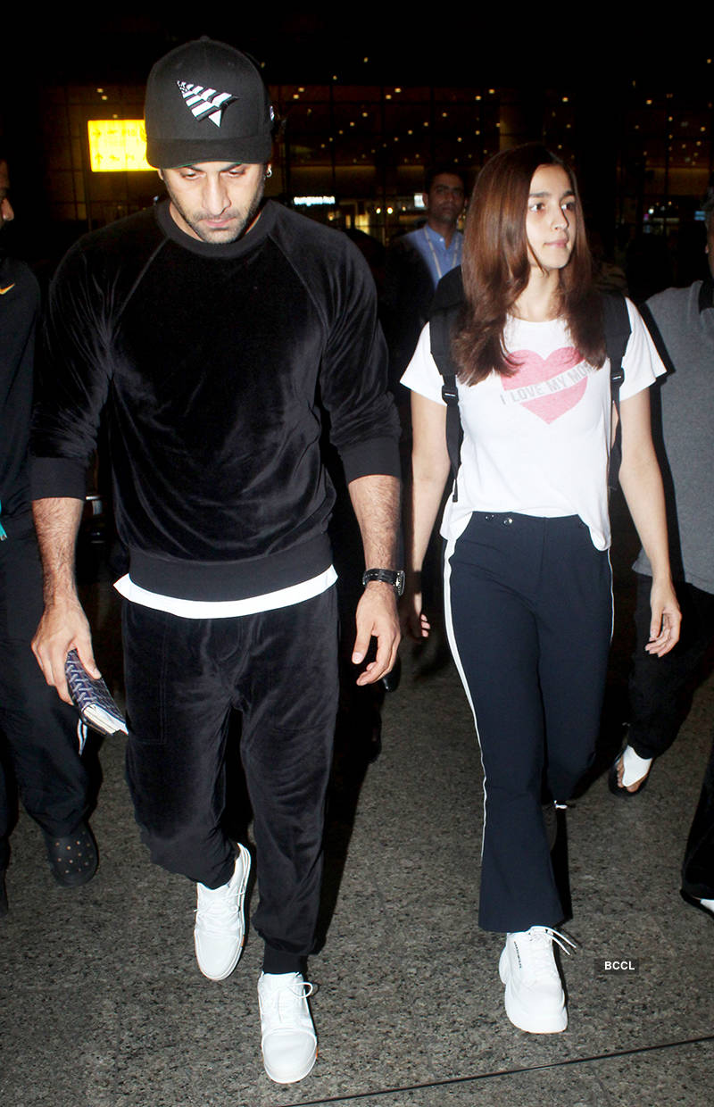 This cute fan-made picture of Ranbir Kapoor & Alia Bhatt is taking over the internet