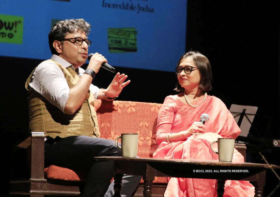 Rupankar Bagchi and Anasua Choudhury perform at Rabindra Sadan