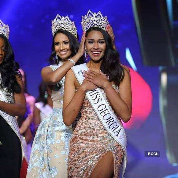 Emanii Davis crowned Miss Earth USA 2019