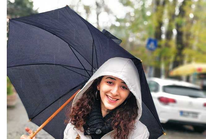 Kritika-Avasthi--umbrella