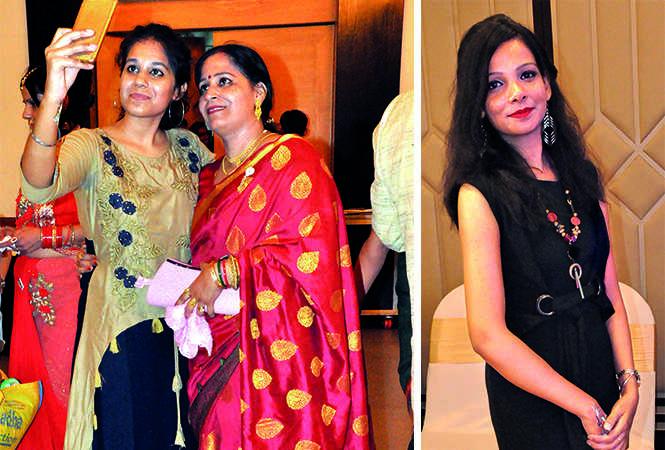 (L) Astha and Rekha (R) Deeksha Pandey (BCCL/ AS Rathor)