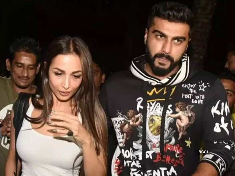 """Arjun Kapoor shuts down marriage rumours with Malaika Arora, says """"Not getting married, have to still discover each other"""""""