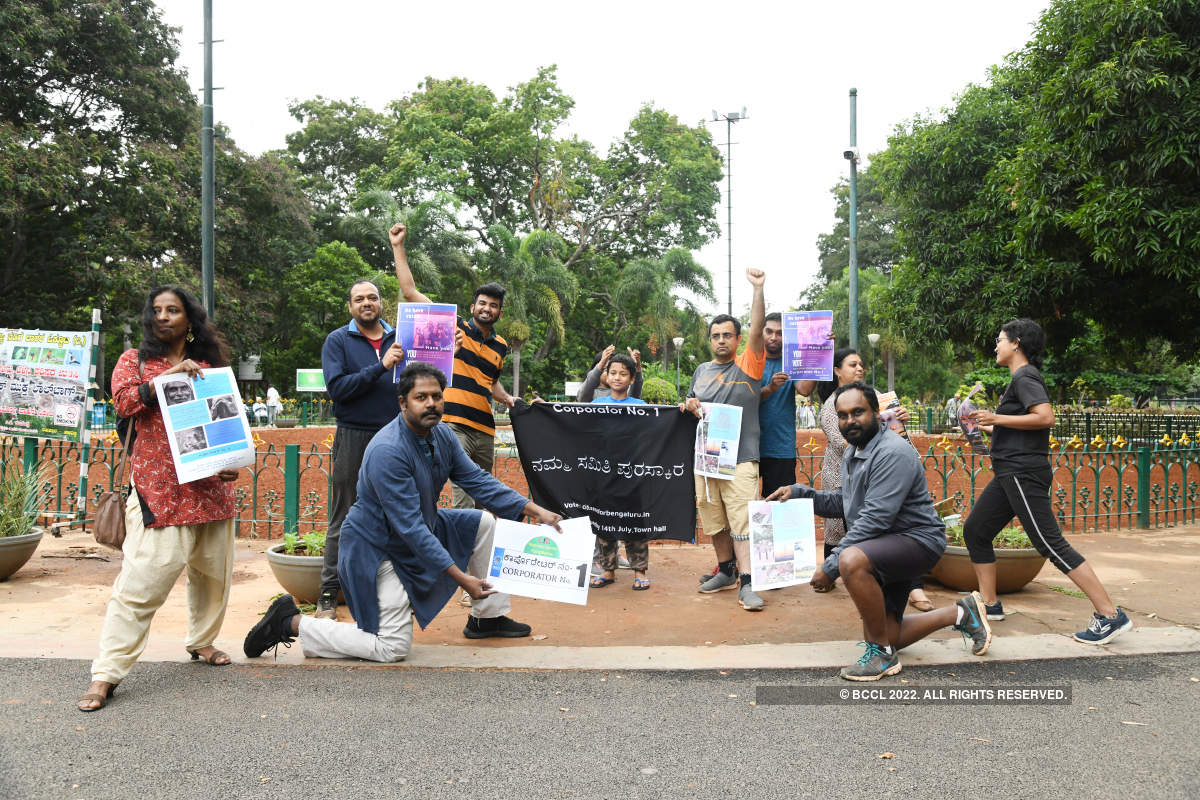 A freeze mob gets Bengalureans thinking at Lalbagh