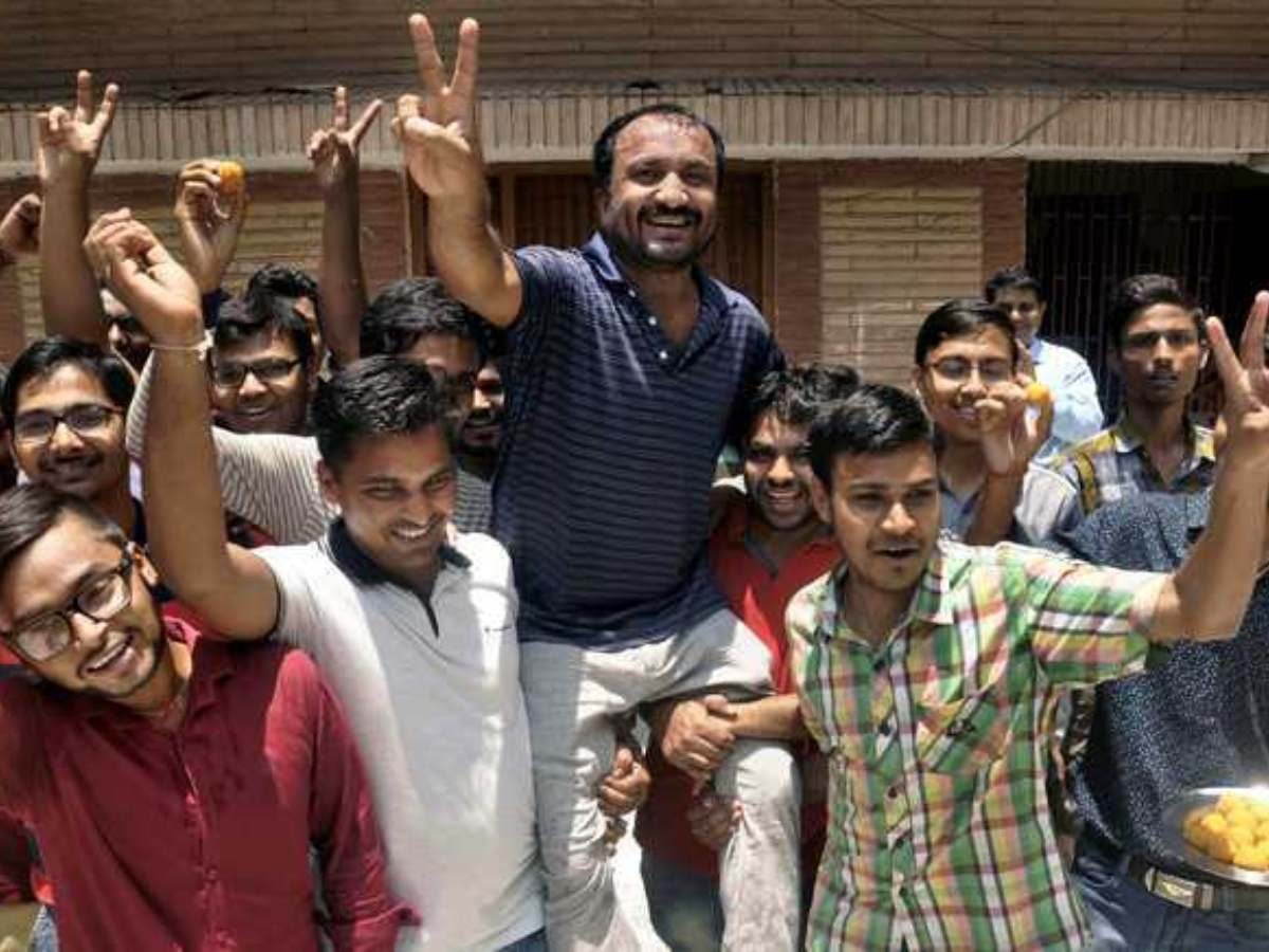 Super 30: 7 things you must know about Anand Kumar before you watch