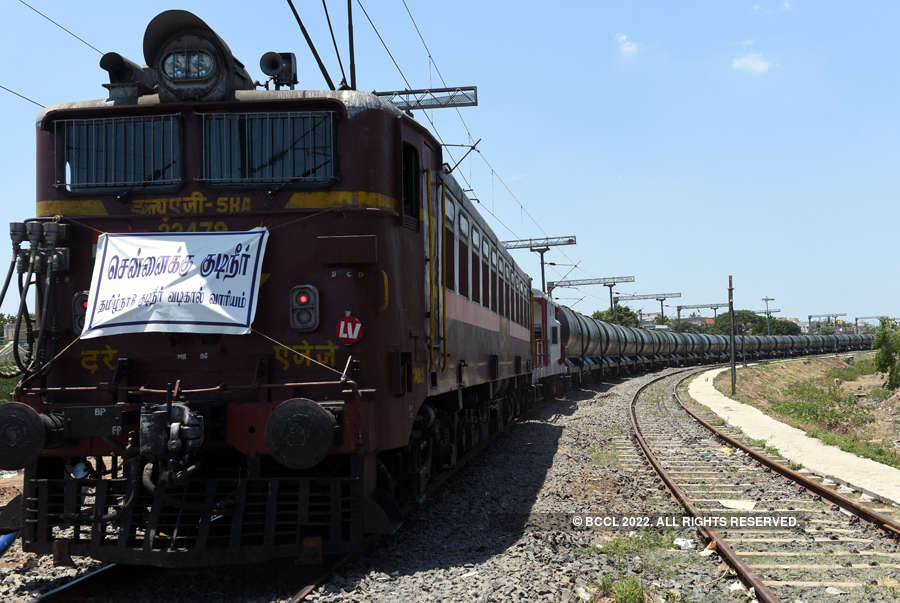 Train carrying water arrives in parched Chennai