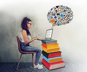 How developing a habit of reading and writing can make you a professional creative writer
