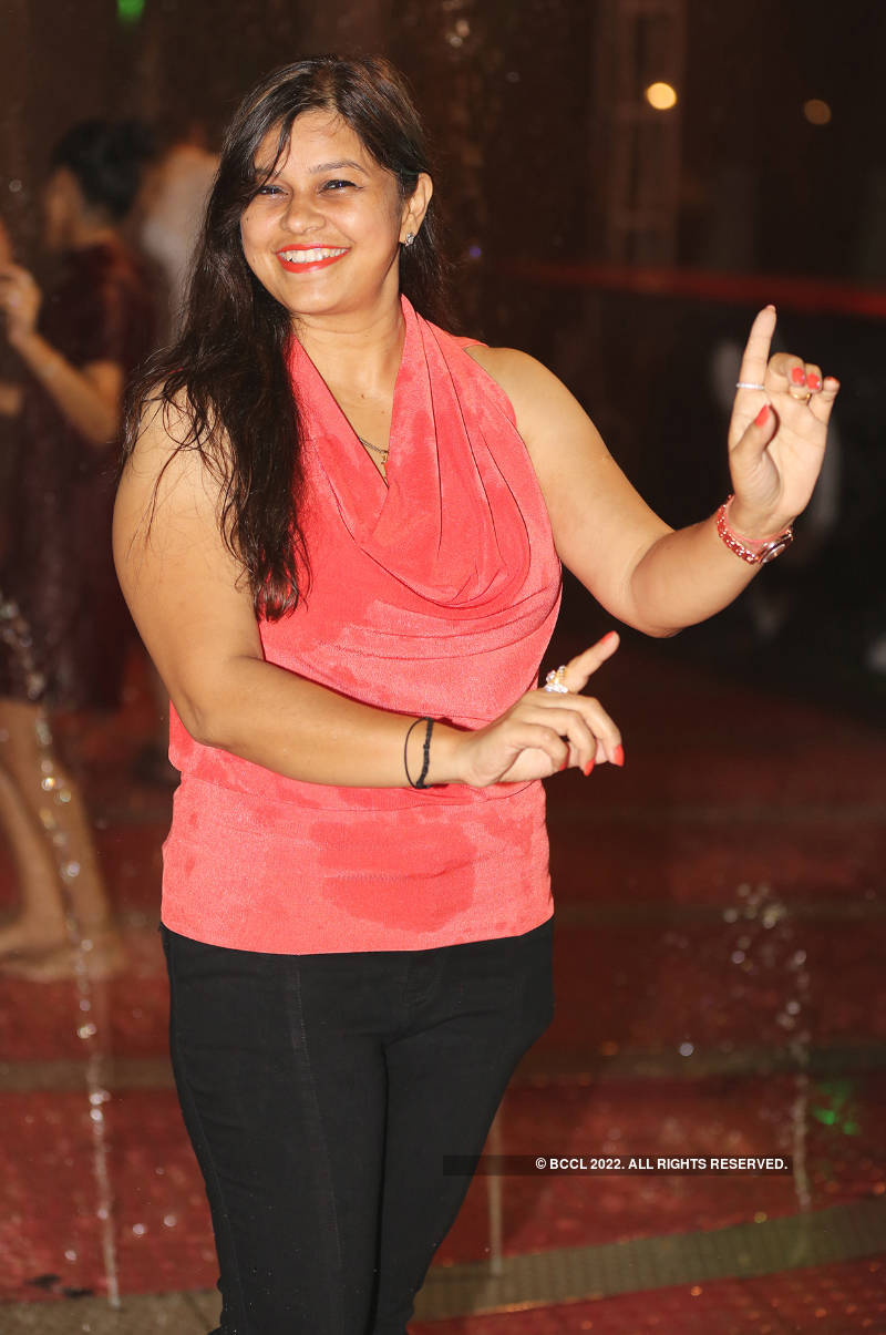 Some monsoon masti for Lucknowites