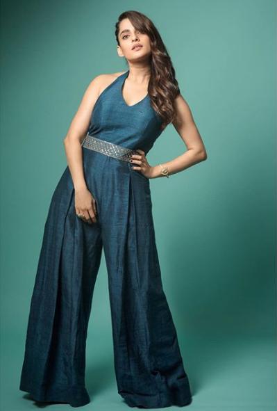 Priya bapat 3