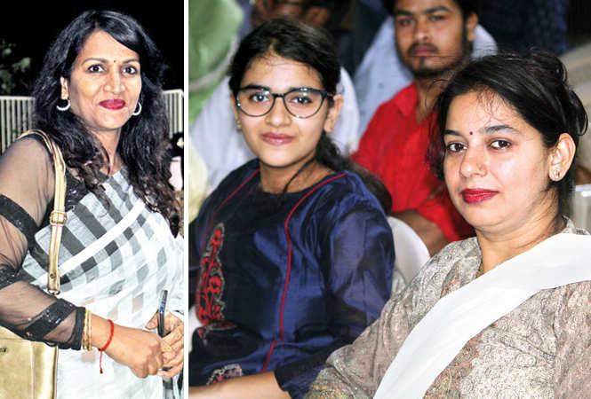 (L) Shalu Singh (R) Vedshree and Minakshi (BCCL/ Arvind Kumar)