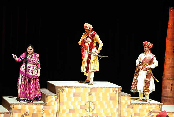A scene from the play Ghazab Teri Adaa staged at BNA recently (BCCL/ Farhan Ahmad Siddiqui)