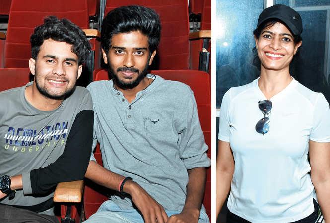 (L) Shivam and Avijit (R) Dr Sima Modi (BCCL/ Farhan Ahmad Siddiqui)