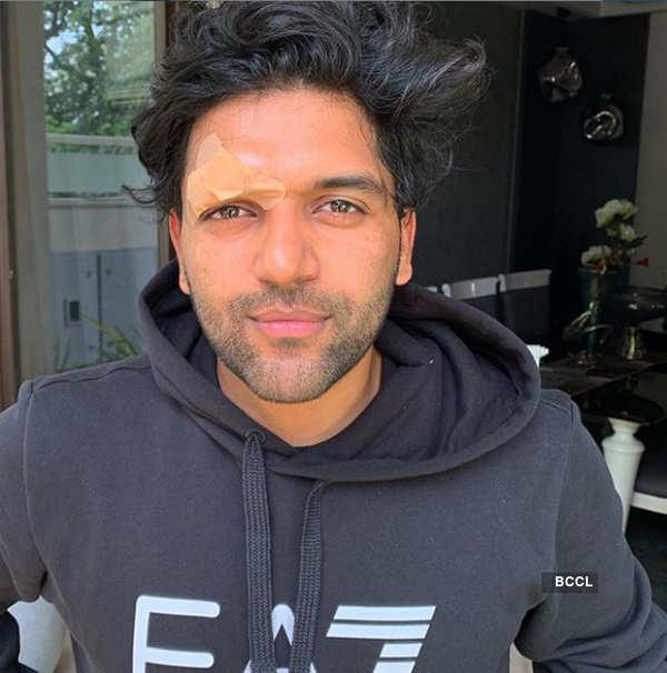 Punjabi singer Guru Randhawa gets attacked in Canada after his concert