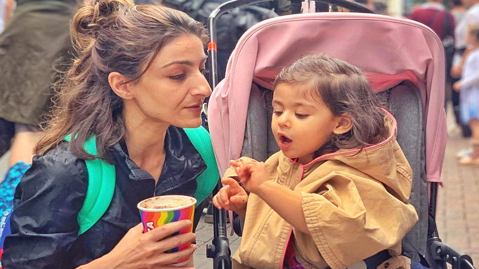 Soha Ali Khan gets trolled for latest picture with daughter Inaaya Naumi Kemmu