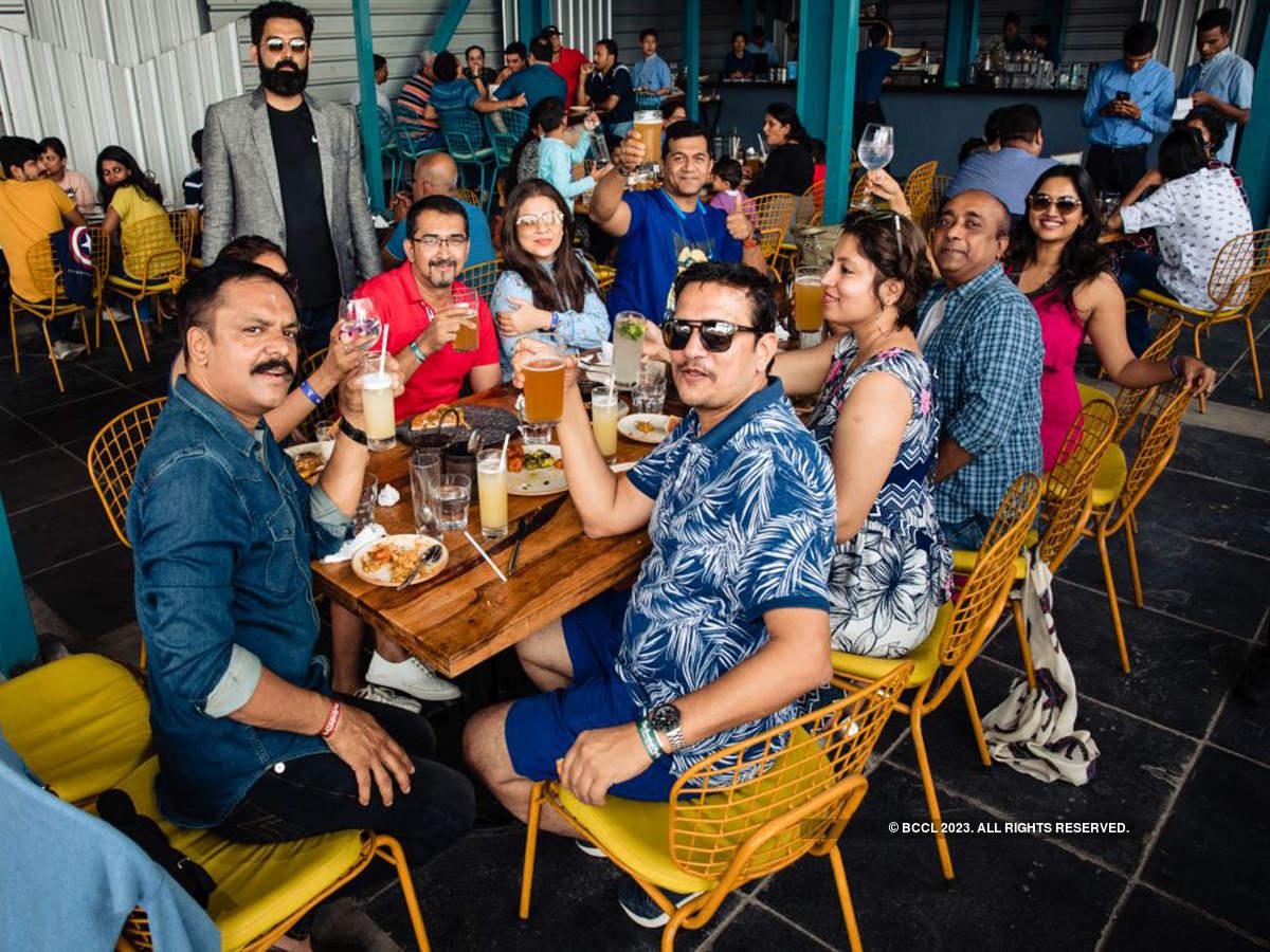 Bengaluru folk enjoy a lavish brunch