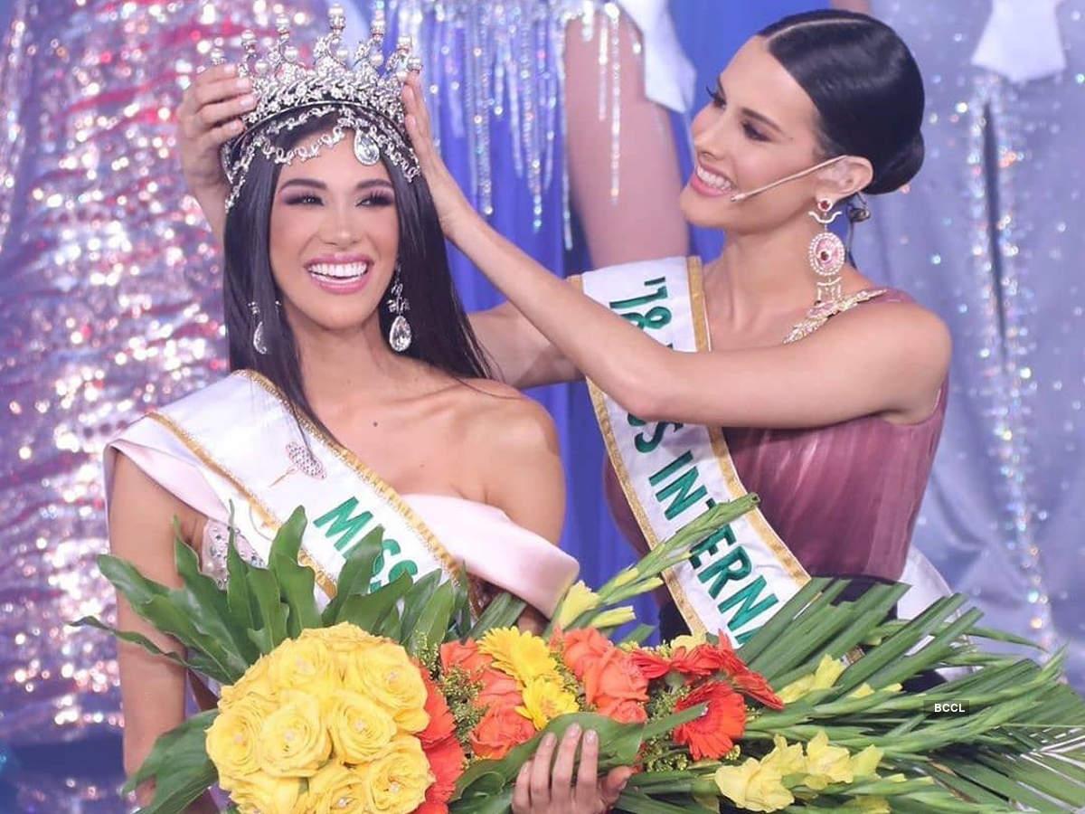 Thalia Olvino crowned Miss Venezuela 2019