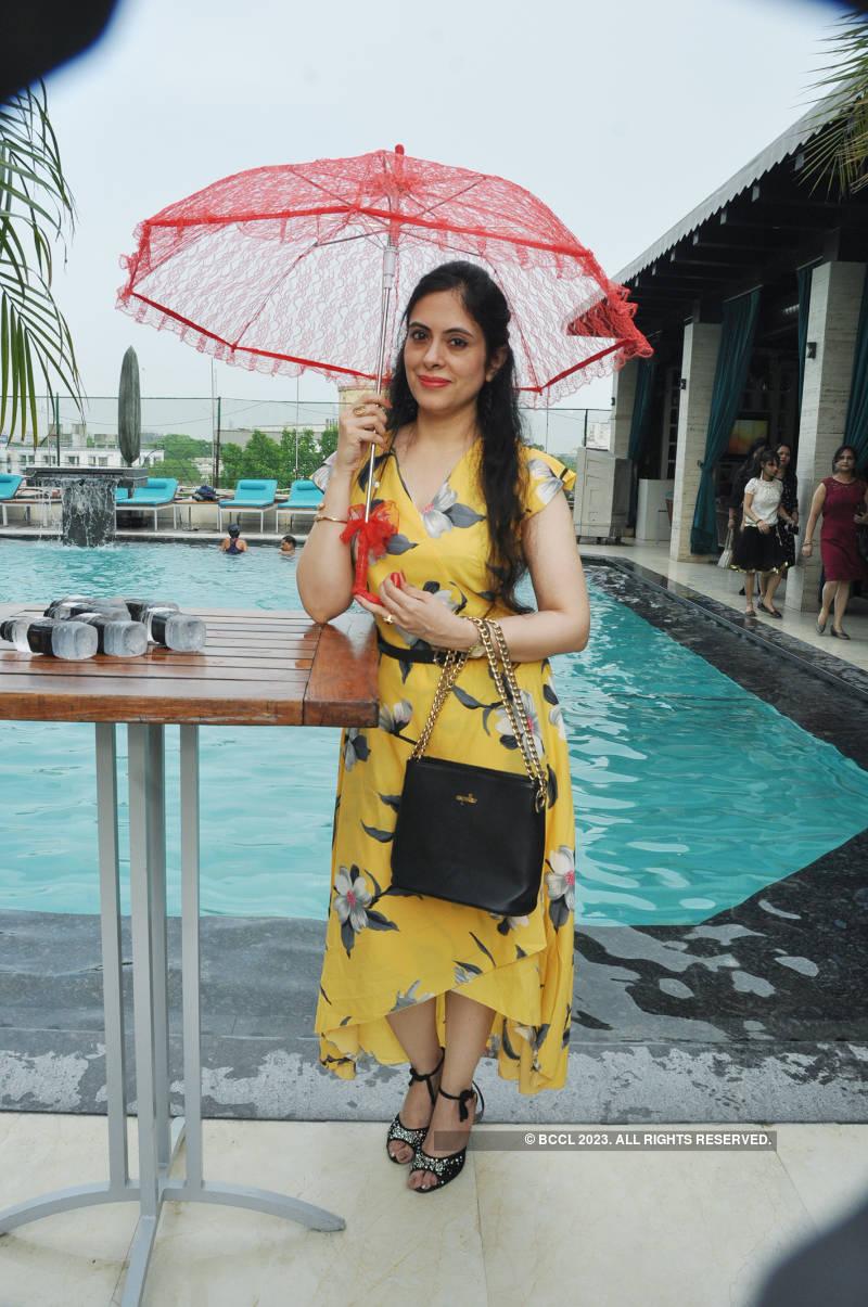 Kanpur ladies enjoyed this poolside do