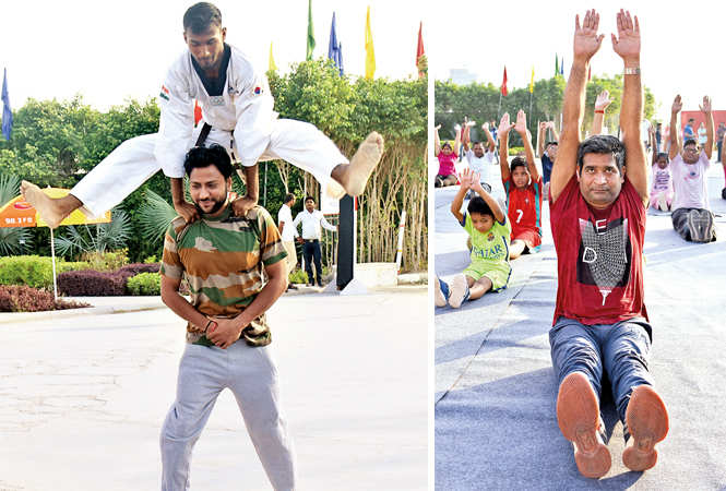 (L) Youngsters paticipating in the event (R) Kumar Viplaw (BCCL/ IB Singh)