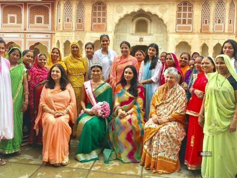 Suman Rao supports Girl Child's Education