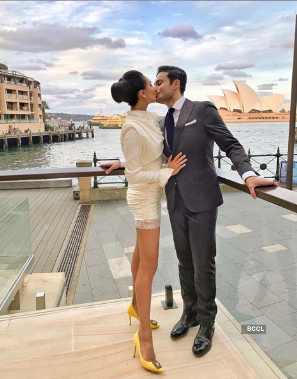 Beauty queens and their most romantic kiss