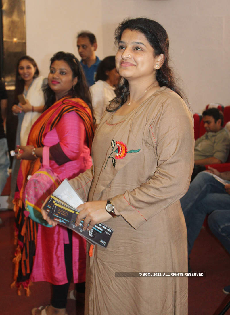 Banarasis laugh out loud with Jeeveshu Ahluwalia