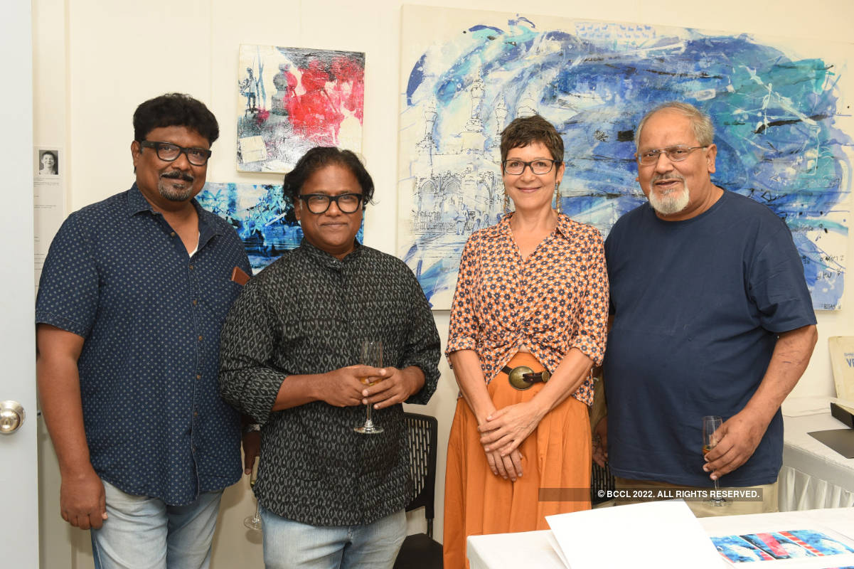 Art enthusiasts come together to attend an event