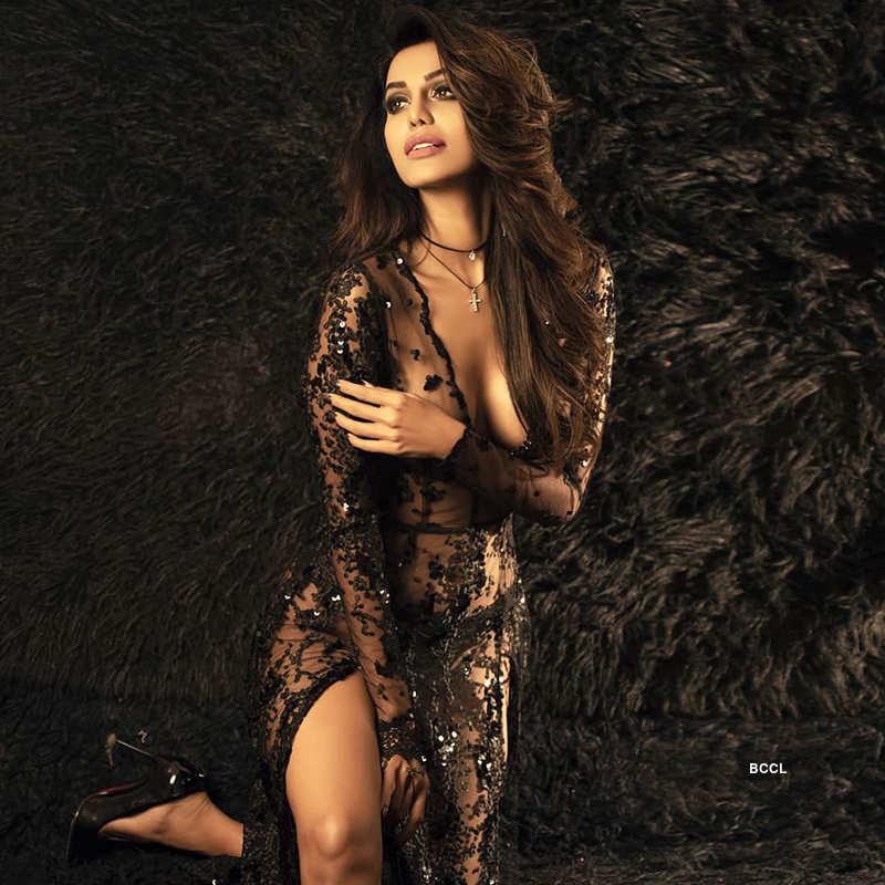 Natasha Suri ups the glam quotient with her new photoshoot