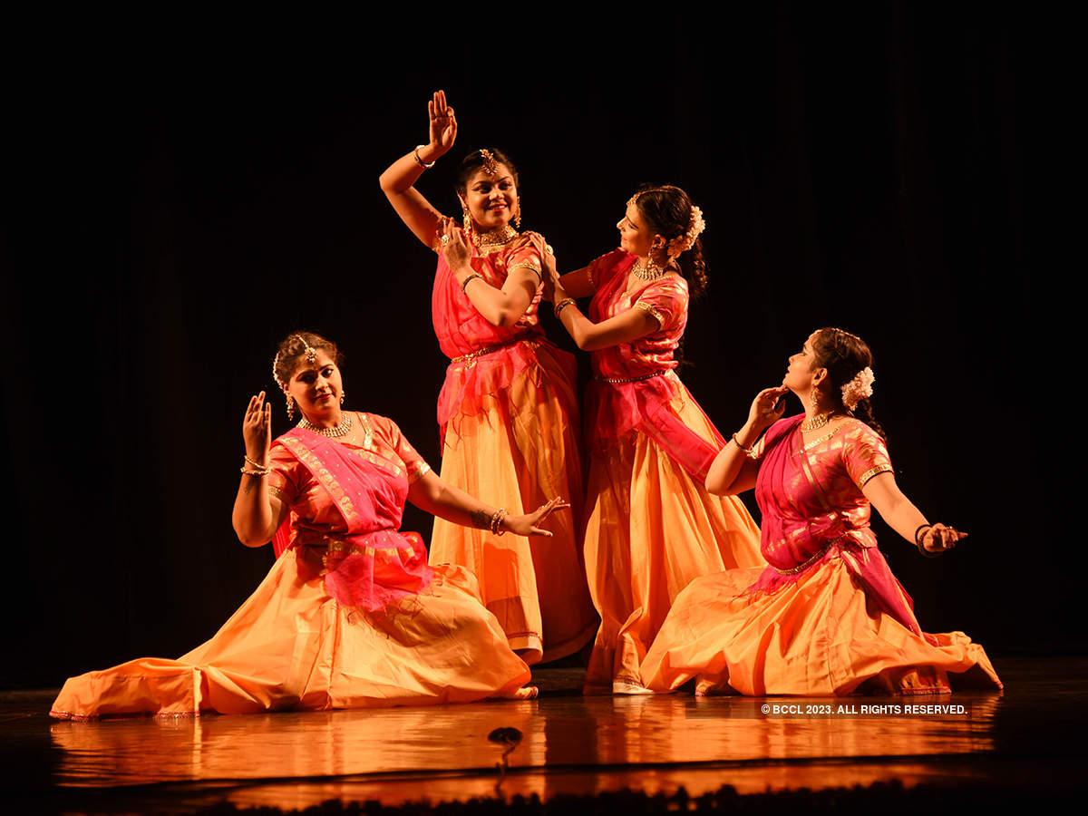 Artistes mesmerise Jaipurites at Kathak Dance Festival