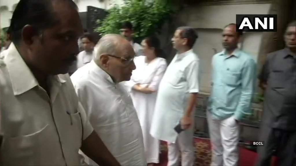 PM Modi meets 'friend' Arun Jaitley's family