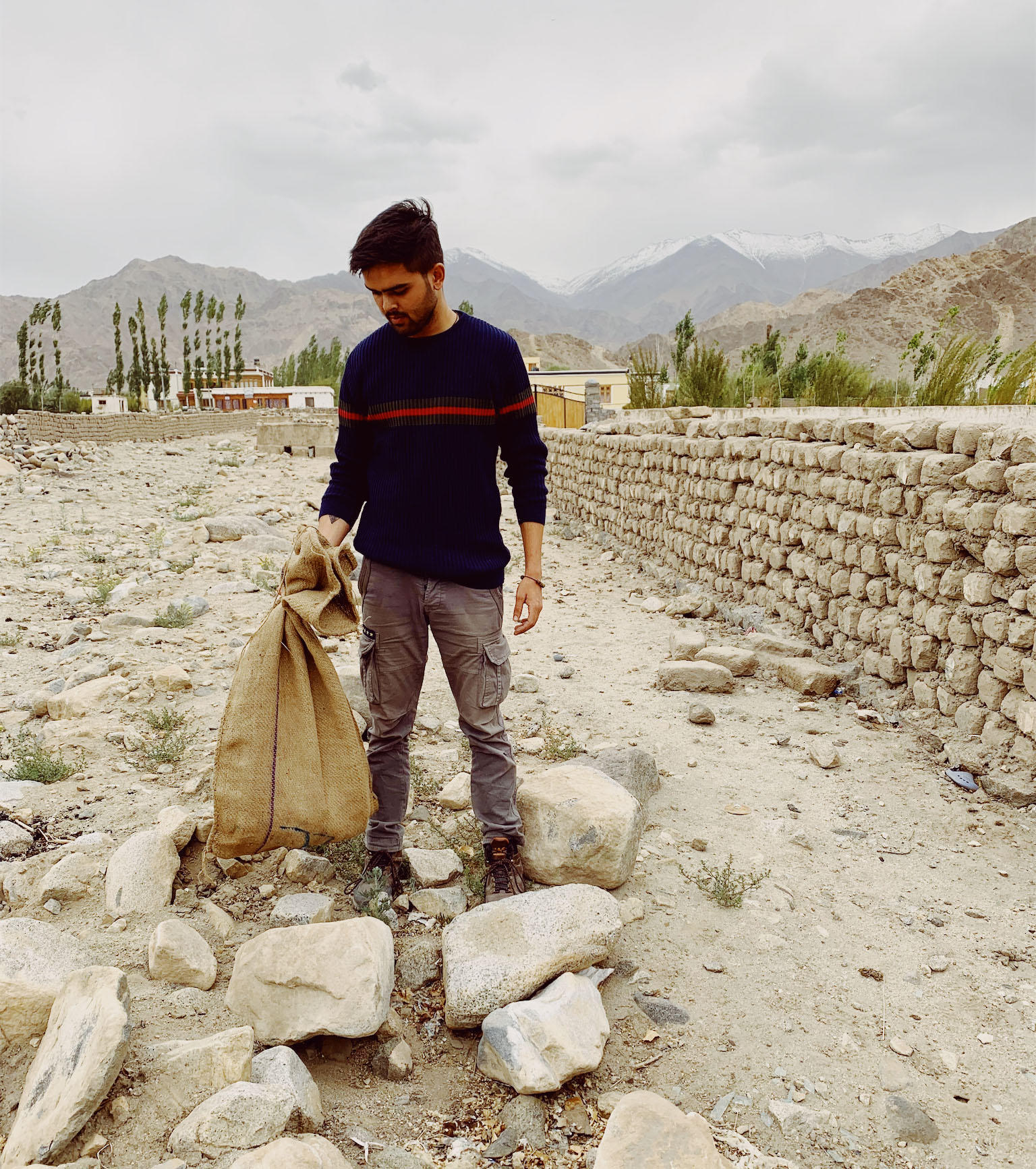 Prajval Kapoor from Jammu cleans up non-biodegradable waste from Nubra valley _edit(2) (1)
