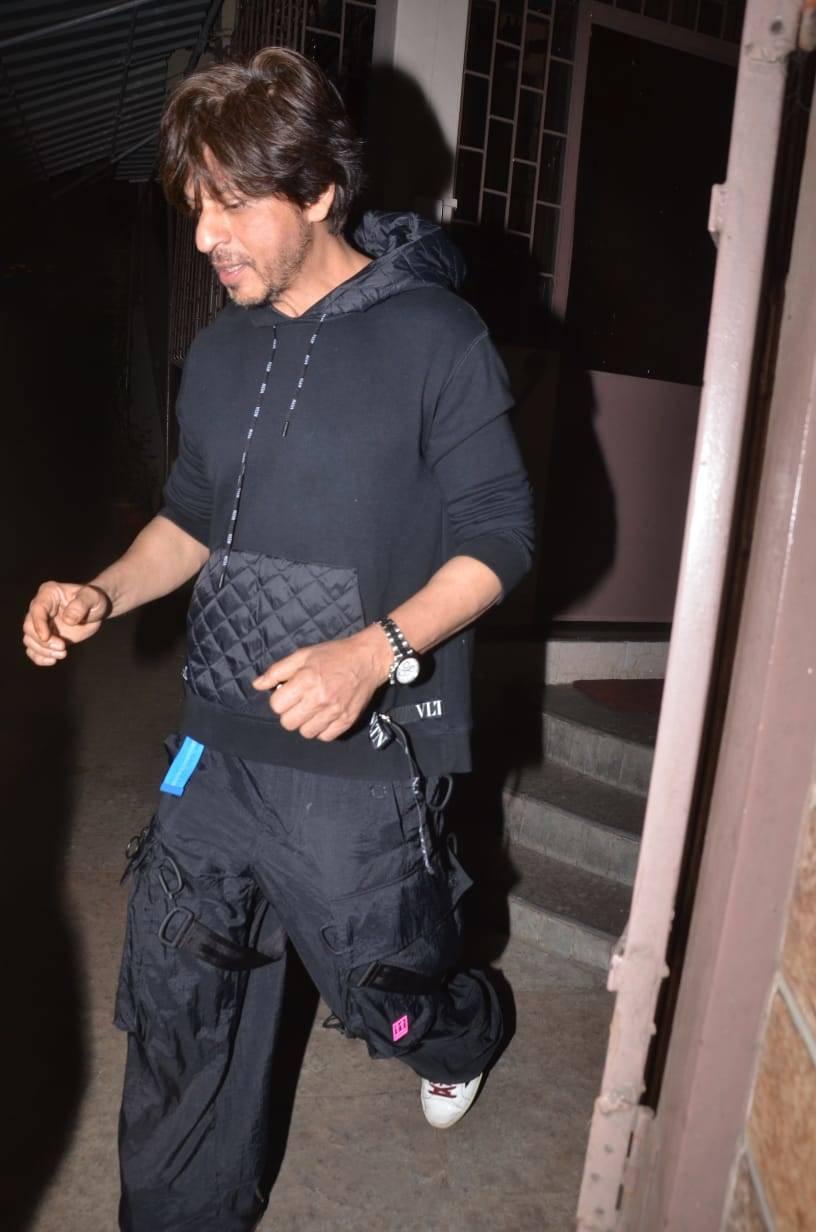 SRK (1)