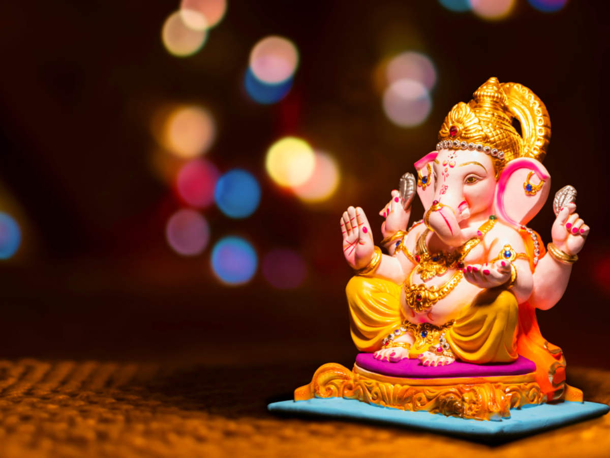 Happy Vinayaka Chavithi 2018 Pictures, Messages, Wishes