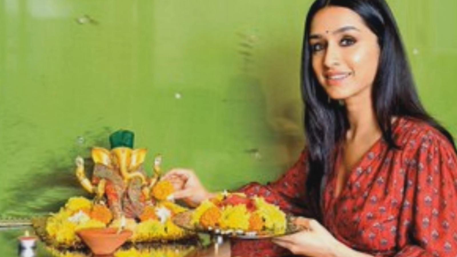 From Shraddha Kapoor to Nana Patekar, Bollywood celebs celebrate Ganesh Chaturthi