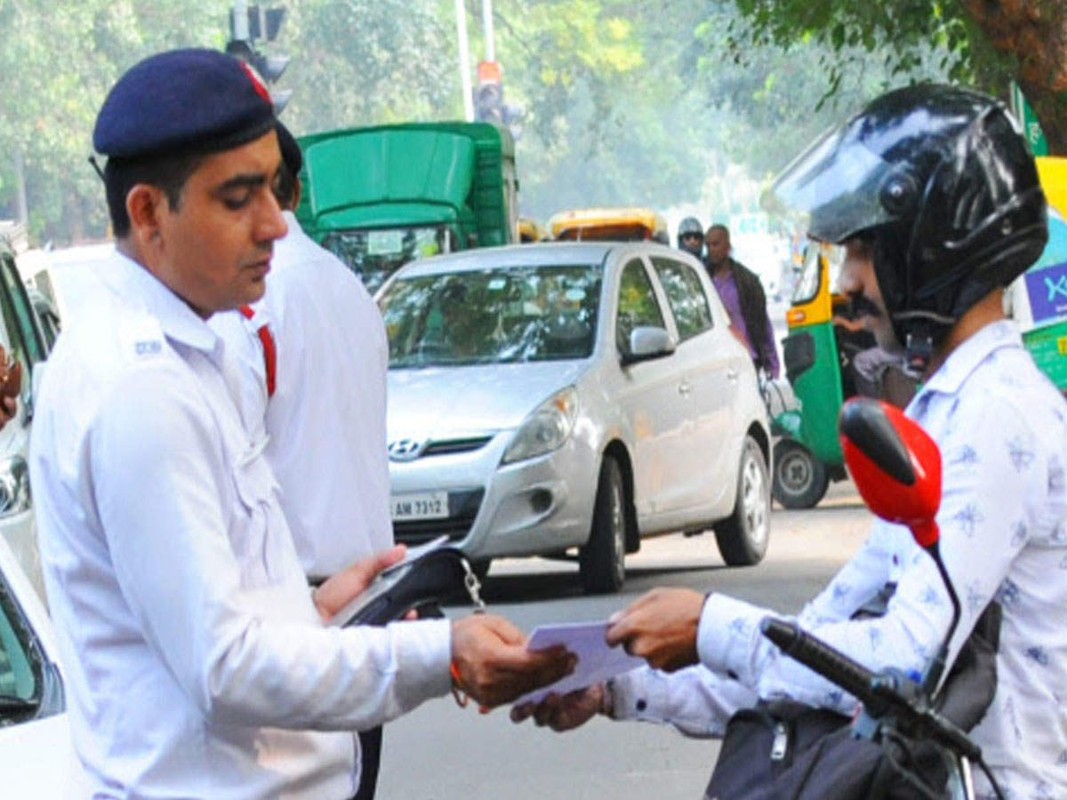 Fear factor? No  of traffic challans down by 70% in Delhi