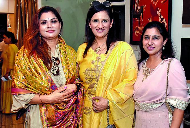 (L-R) Komal Agarwal, Sarika Mehra and Shivani Bhasin (BCCL/ Vishnu Jaiswal)