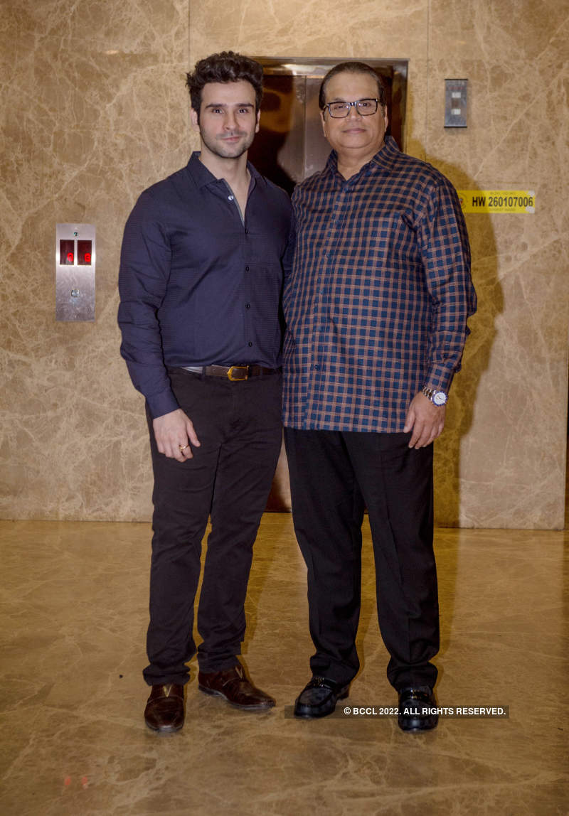 Celebs attend Ramesh Taurani's musical get-together