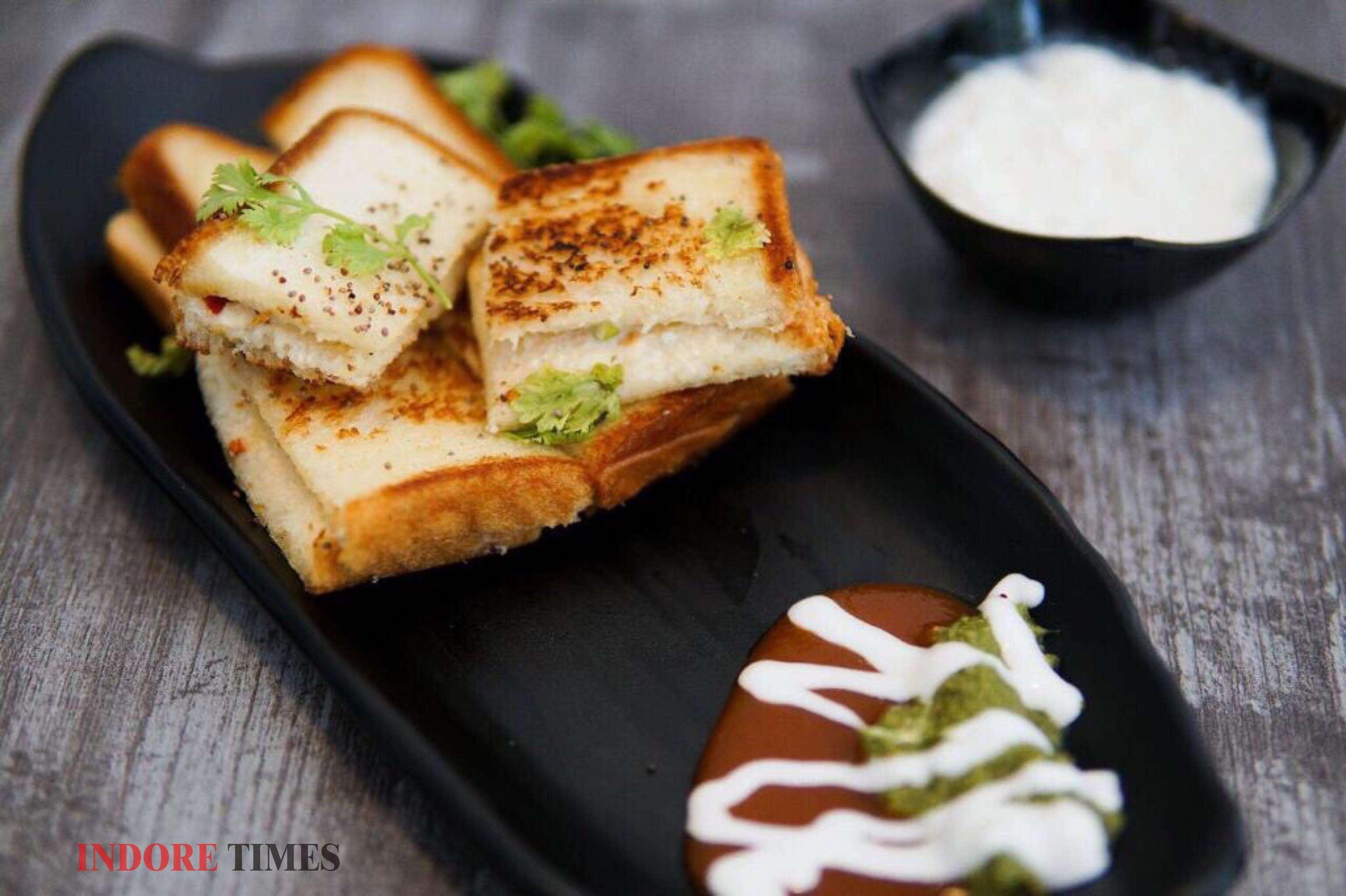Latki Dahi Sandwich_edit